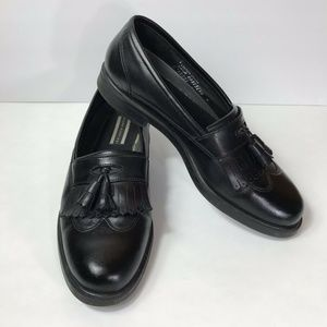 Hush Puppies Mens 10.5 Loafers with Tassle Black